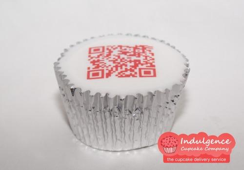 Indulgence-cupcake-company-qr-code-cupcakes